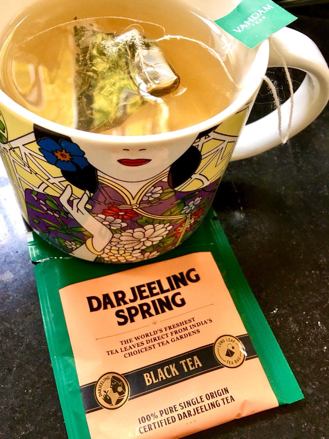 """""""Vahdam"""" Darjeeling Spring Black Tea, 大吉岭泉红茶. Dà Jí Lǐng Quán Hóng Chá"""