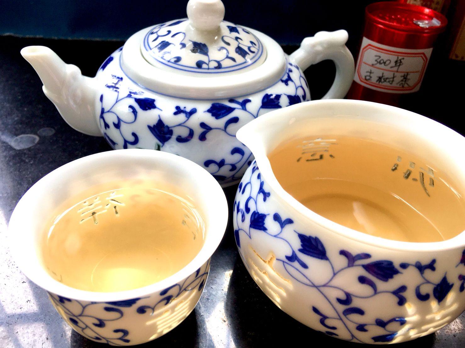 Fèng Huáng Shān (Mì Lán Xiāng: Fēng Mì Tián Weì) Wū Lóng Chá, 凤凰山 (蜜兰香:蜂蜜甜味) 乌龙茶, Phoenix Mountain (Honey Orchid Fragrance: Honey Sweet) Oolong Tea