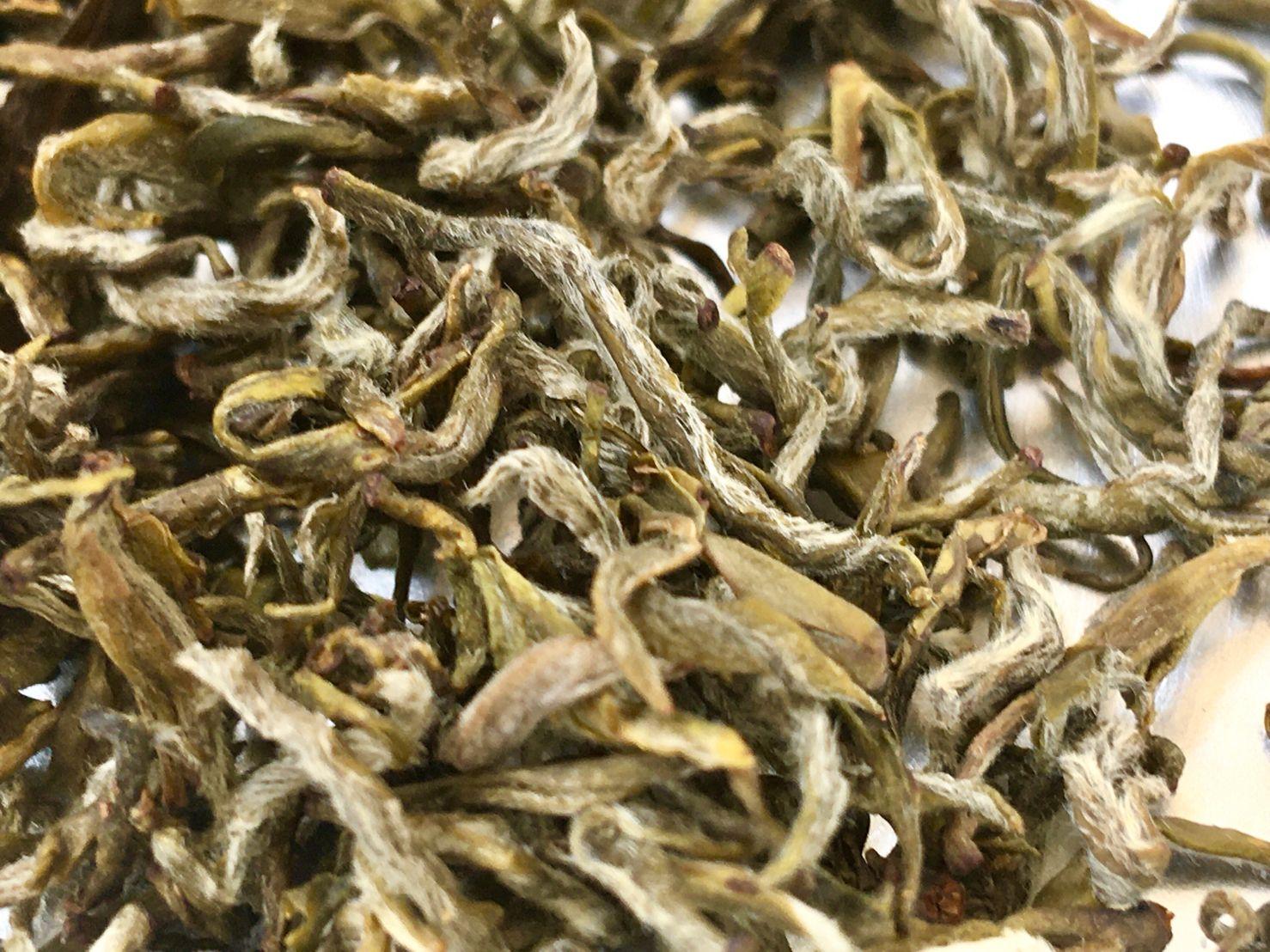 "Gān Lù Chá,甘露茶, Mending ""Sweet Dew"" (Manna) Green Tea"